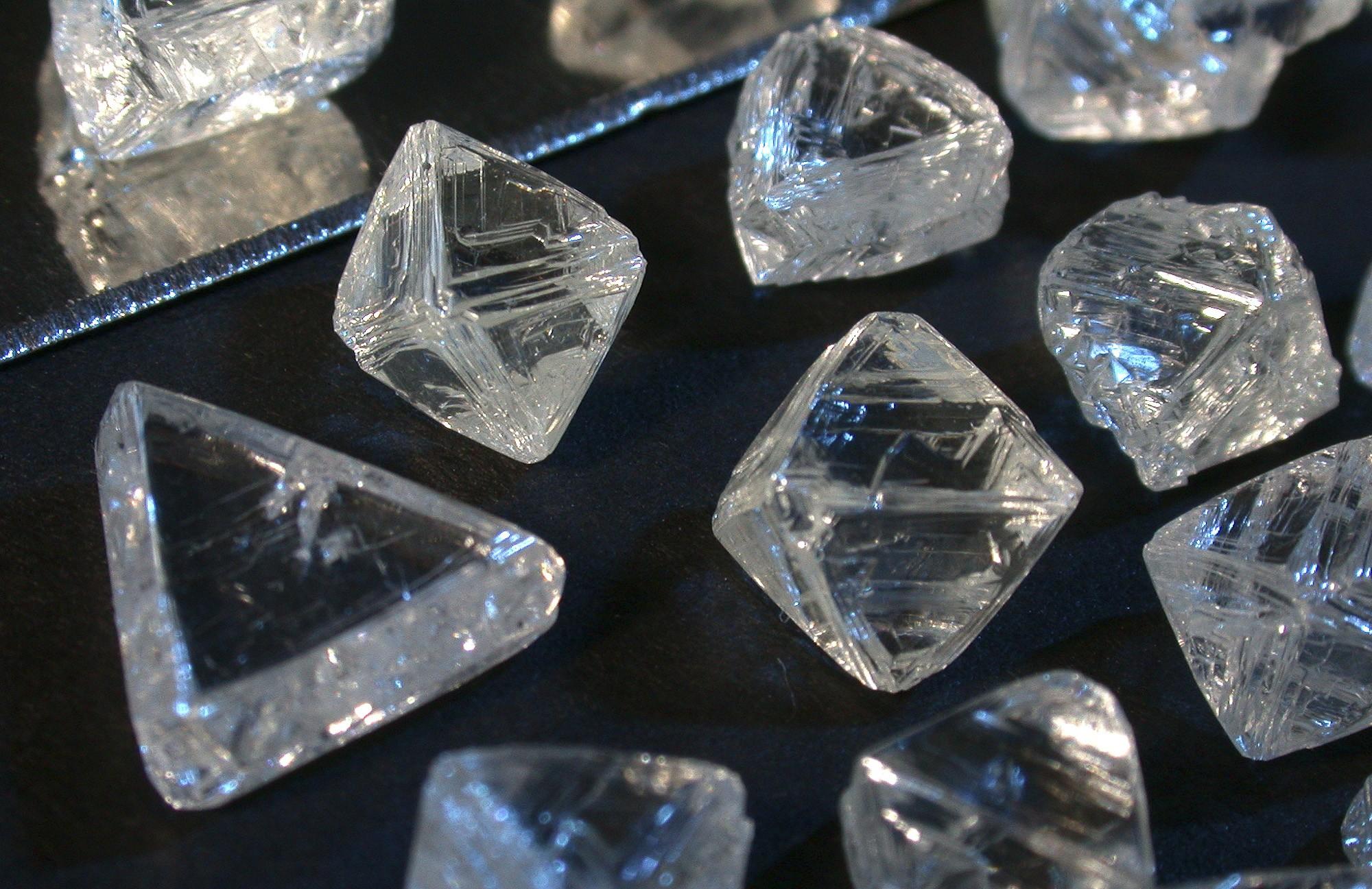 de-diamonds1