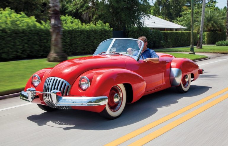 1947-Kurtis-Omohundro-Comet-front-three-quarters-in-motion-2 2